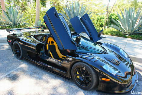 2012 Mosler Raptor GTR has a carbon fibre composite safety cell